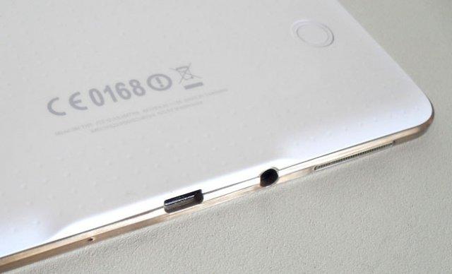 Galaxy TabPro S – будущий планшет Samsung на Windows 10