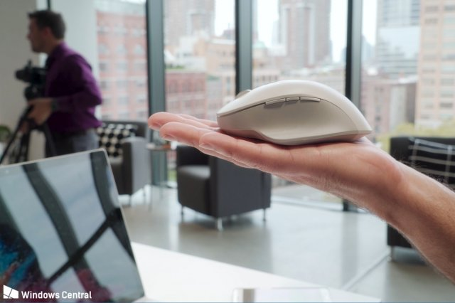 Microsoft Surface Precision Mouse доступна для предзаказа