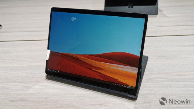 Microsoft выпустила обновления для Surface Pro X